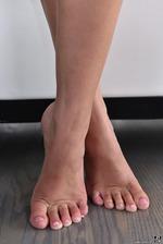 Amazing Brunette Girl Liza Rowe Strips Off Her Bikini 14