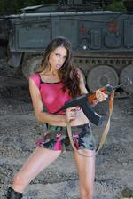 Amanda Soldier 00