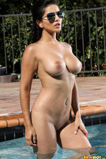 Sunny Leone In The Pool 11