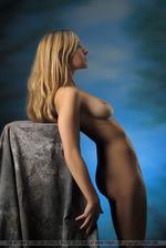 Hot Blonde Corinna 00