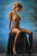 Hot Blonde Corinna 07