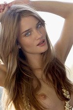 Rosie Huntington Naked 04