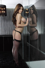 Lucy Pinder Posing Topless  12