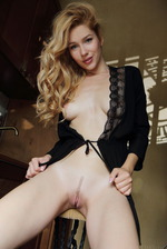 Luscious Blonde Babe Genevieve Gandi  02