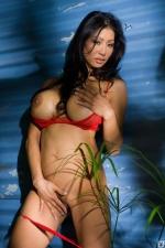 Kiana Kim 06