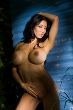 Kiana Kim 14