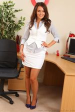 Gorgeous Secretary 00