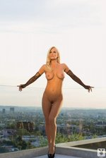 Sexy Playmate Jenny McCarthy 14