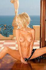 Nicolette Shea 07