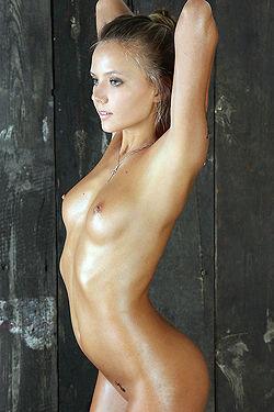 Beauty Naked Teen Clover