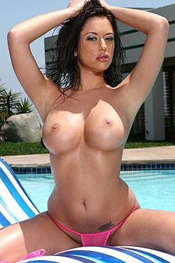 Cassia Riley In The Pool