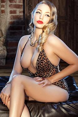 Playboy Cyber Girl Sara Liz