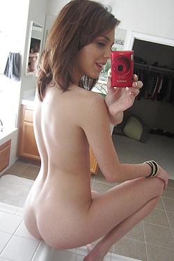 Kiera Taking Selfies