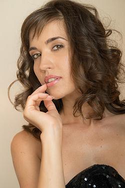 Yaffa Stunning
