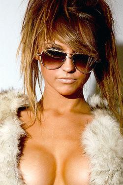 Dionne Daniels Glamour Babe