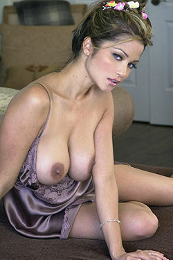 Busty Alley Baggett