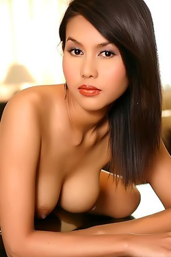 Petite Asian Babe Strip Off