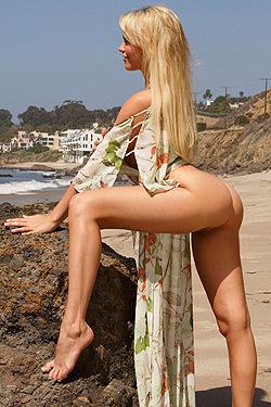 Mia Malkova On The Beach