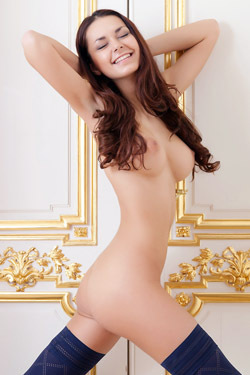 Chloe Pure Naked Beauty For Rylsky Art