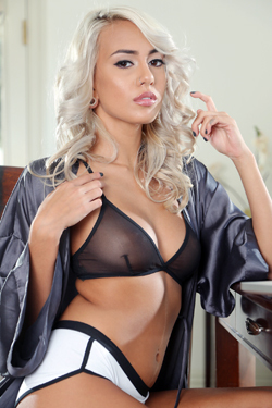 Janice Griffith Sexy Petite Glam