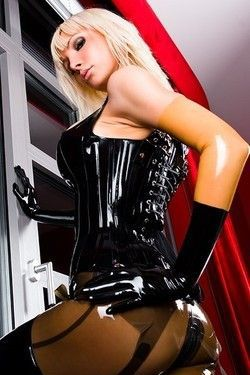 Wet Shiny Latex Layers