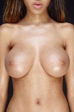 Black Beauty Tyra Shiny Boobies