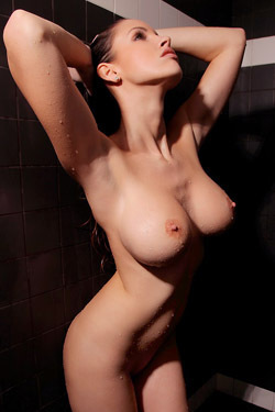 Luciana's Shower Show