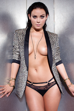 Playmate Alexandra Tyler Is Simply Luxuriant Today