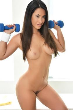 Eva Lovia Hot Body Workout