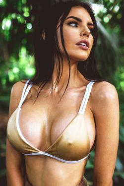Glamour Nicole Thorne Busty Australian Beauty