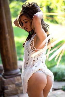 Mila Blaze Shows Off Her Slender, Tanned Body