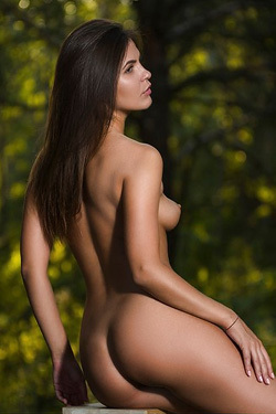 Sexy Naked Arina B
