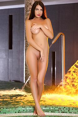 Put Your Love For Model Niemira