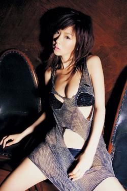 Sexy Aki Hoshino