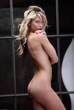 Nicole 06